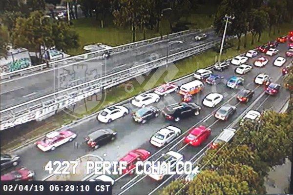 El avance es lento en Periférico, desde avenida Tláhuac hasta Canal de Miramontes. Foto: C5