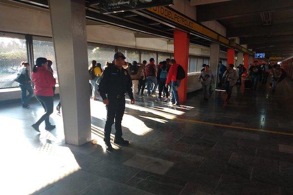 La línea que va de Politécnico a Pantitlán es la que tiene mayor número de retrasos este jueves. Foto: Especial