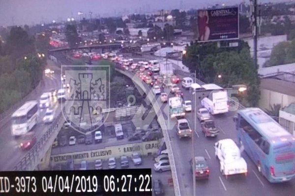 El tráfico en Insurgentes Norte va de Río de los Remedios hasta pasando el paradero de Indios Verdes. Foto: C5