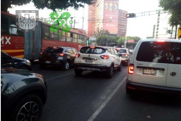 La avenida Insurgentes registra avance lento de Álvaro Obregón a Eje 4 Sur. Foto: C5