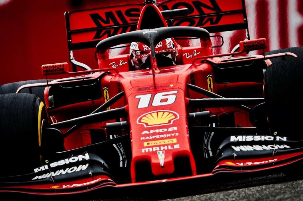 Los pilotos se verán las caras este domingo en el circuito de Baku, considerado