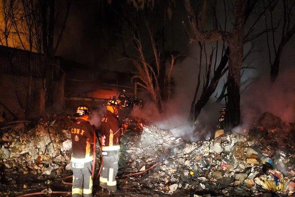 El fuego inició cerca de las 5:20 horas. Foto: @SGIRPC_CDMX