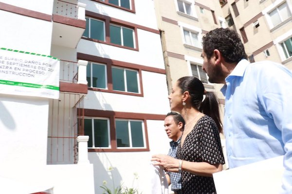Claudia Sheinbaum reiteró el compromiso de dar vivienda digna a quienes perdieron su hogar en el sismo. Foto: @Claudiashein