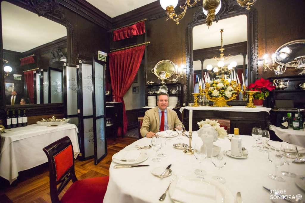 Una comida en el Lhardy permite evocar el mundo señorial, mientras se disfruta de la mejor gastronomía española. Foto: JORGE GÓNGORA