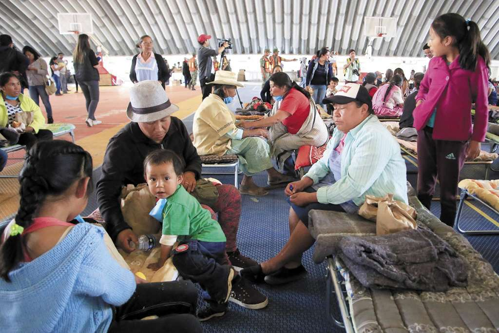 Los habitantes de San Mateo Ozolco fueron llevados al albergue de Cholula.FOTO: ESPECIAL