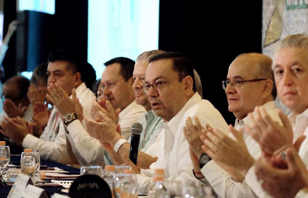 Germán Martínez inauguró el LXXIII Consejo Nacional Ordinario del Sindicato Nacional de Trabajadores del Seguro Social, en Yucatán. Foto: Especial