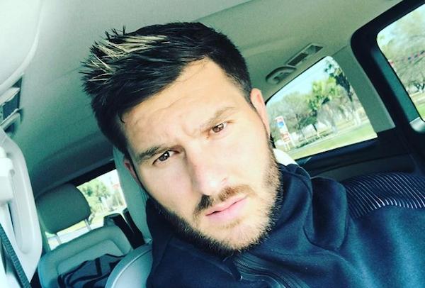 El futbolista lleva cuatro años viviendo en Nuevo León y dice que planea quedarse más tiempo. Foto: @10apg