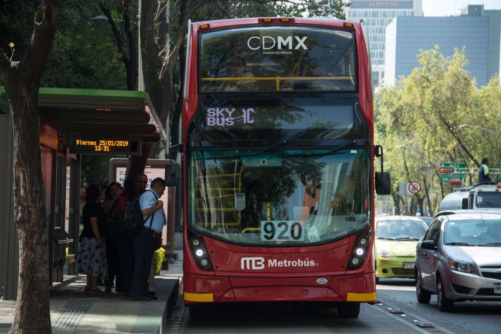 El Metrobús sí dará servicio hasta las 24;00 horas; sin embargo, la hora de inicio no será la misma durante durante los cuatro días. Foto: Cuartoscuro