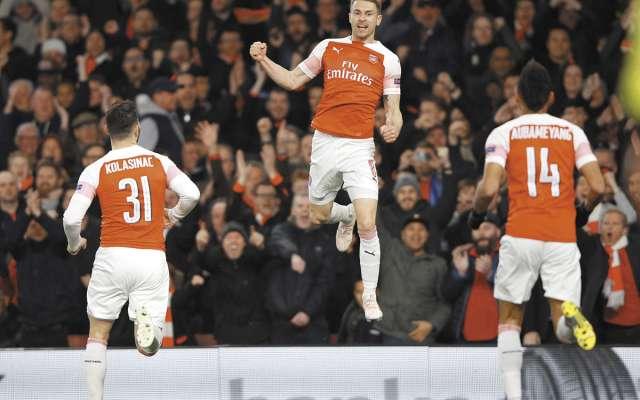 CAÑÓN. Aaron Ramsey puso al frente al Arsenal a los 15 minutos. Foto: Reuters