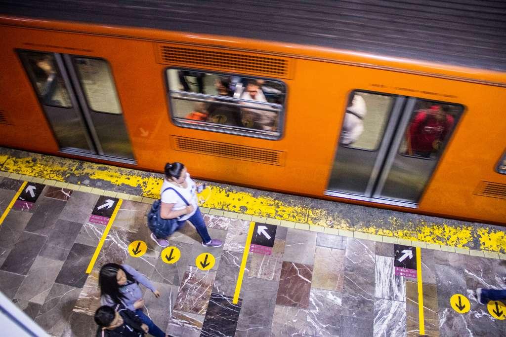 El jueves, viernes y domingo el Metro operará con horario de día festivo. Foto: Cuartoscuro