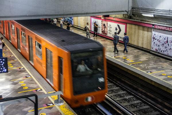 A partir de mañana los sistemas de transporte de la red de Movilidad Integrada de la Ciudad de México operarán en horario normal. Foto Cuartoscuro