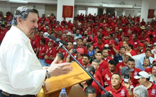 Gómez Urrutia subrayó que hay otros temas en la reforma laboral que no se tocan, entre ellos el de la subcontratación que a