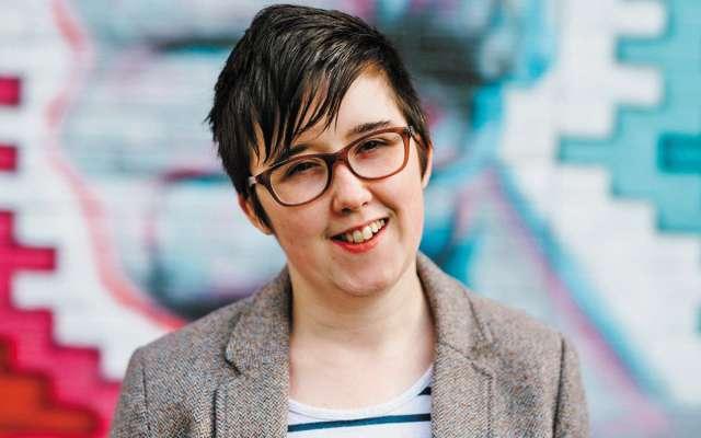 Además de reportera, McKee era un referente en Irlanda del Norte para la comunidad LGBT. FOTO: ESPECIAL