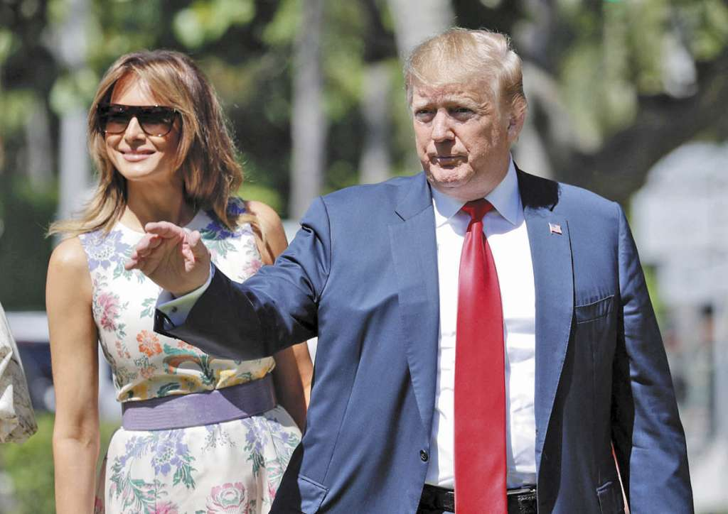 SERVICIO. Trump asistió a misa en Palm Beach, por el Domingo de Resurrección. Foto: AP