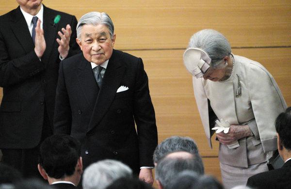 HISTORIA. El 14 de enero de 1959, Akihito sorprendió con su decisión de casarse con Michiko Shoda. Foto: AFP