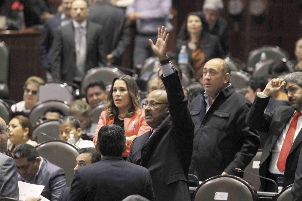 La fracción del PRI es una de las que se opone a los acuerdos con la CNTE. FOTO: NOTIMEX