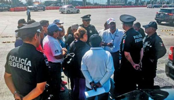 NEGOCIACIÓN. Trabajadores sindicalizados de la UAM fueron persuadidos por uniformados. Foto: Especial