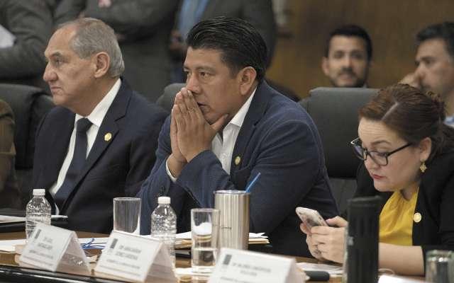 CRÍTICO. Azael Santiago Chepi, ex líder de la CNTE, fue uno de los que votó en contra de la reforma. Foto: CUARTOSCURO