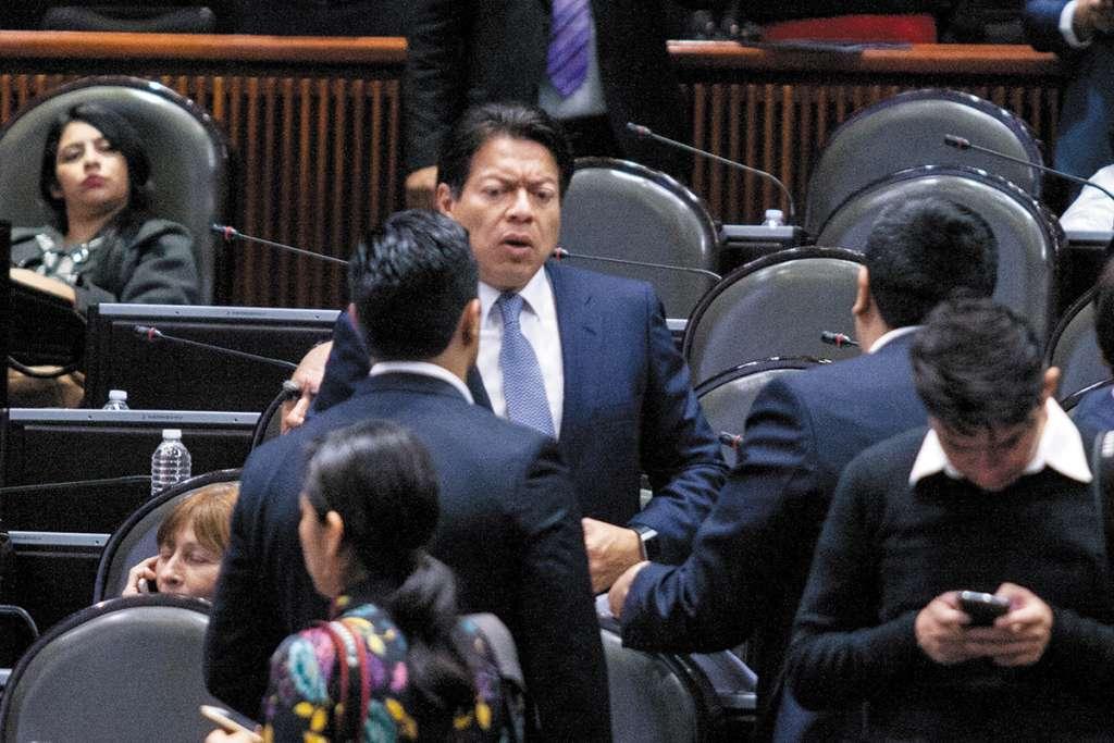 Luego de dos semanas de que la Cámara de Diputados estuviera bloqueda por la CNTE, ayer se reanudaron los trabajos en el Pleno de San Lázaro. FOTO:CUARTOSCURO