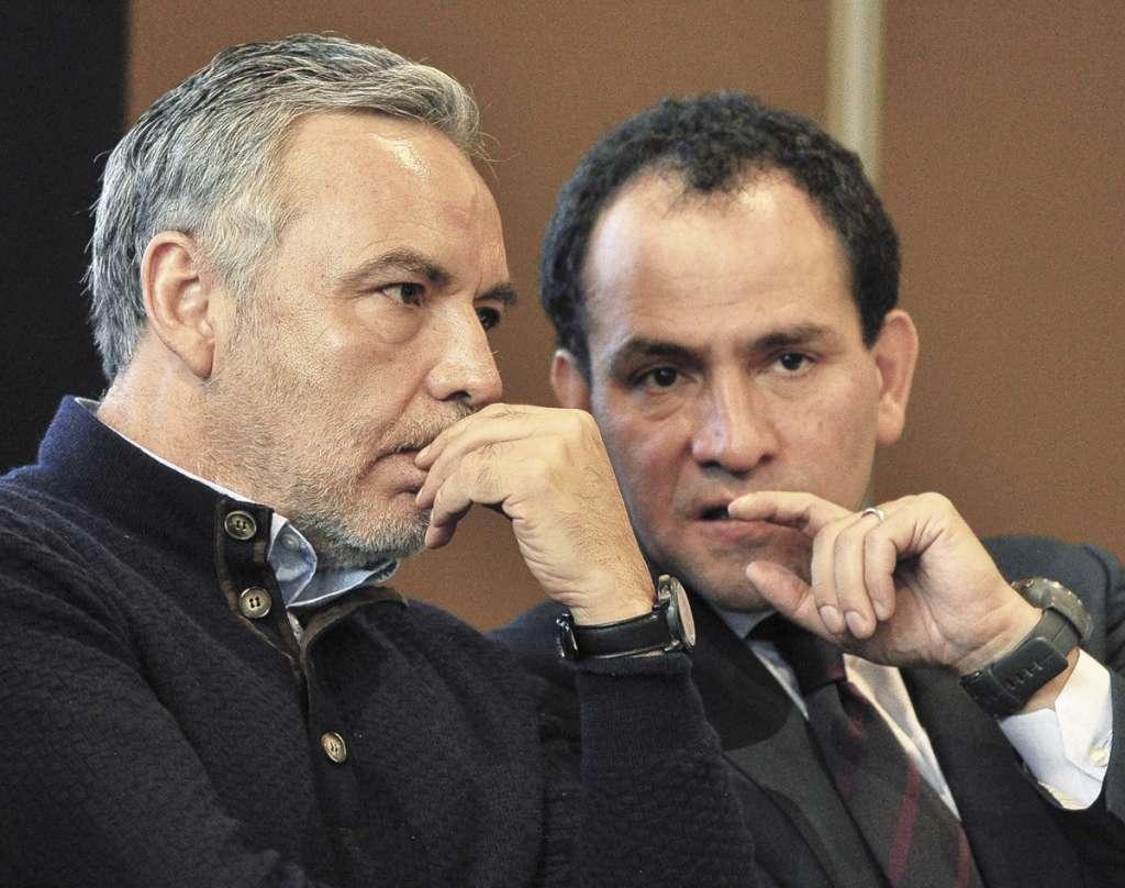 DIÁLOGO. El diputado Ramírez Cuéllar y el subsecretario Arturo Herrera, en San Lázaro. Foto: NOTIMEX