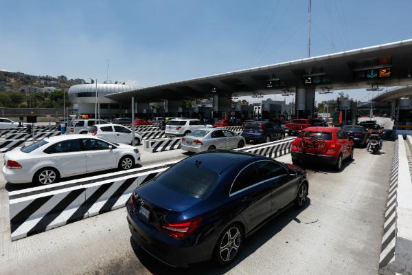 Debido al alto número de vacacionistas en carretera se presentan algunos percances; autoridades piden extremar precauciones