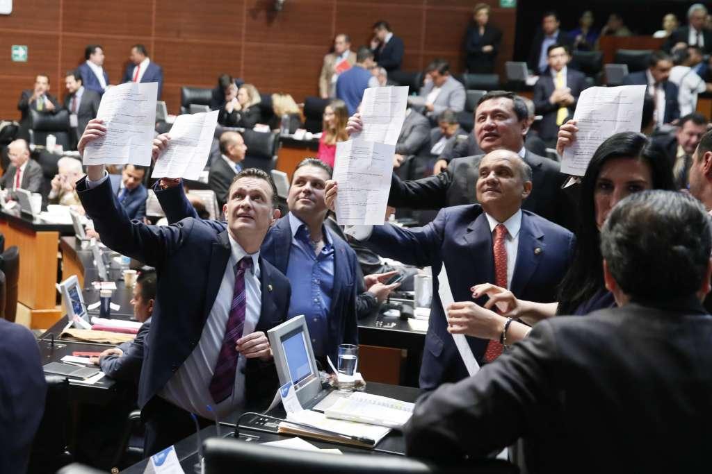 En el Senado se votaron las 4 ternas enviadas por el Ejecutivo Federal para ocupar a los miembros de la Comisión Reguladora Energética. FOTO: CUARTOSCURO