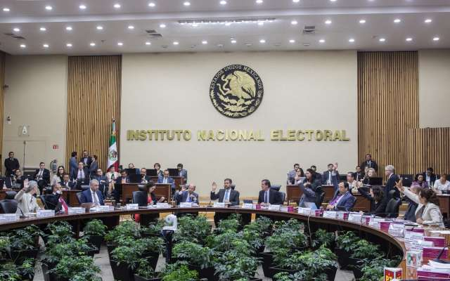 El INE aún no recibe respuesta de la SCJN sobre la impugnación  por el recorte en su presupuesto. Foto: Cuartoscuro
