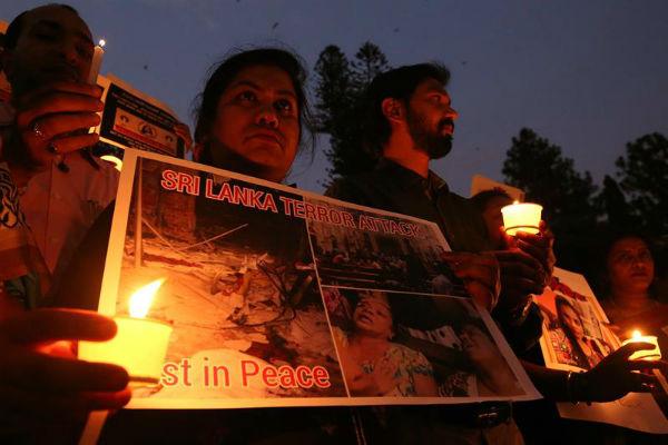 Los atentados suicidas  causaron 290 muertos y 500 heridos. Foto: EFE
