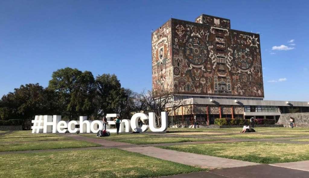 El rector de la UNAM reiteró el compromiso de la Universidad con el país y externó su alegría de participar en la investigación de uno de los proyectos emblemáticos del sexenio. Foto: Cuartoscuro