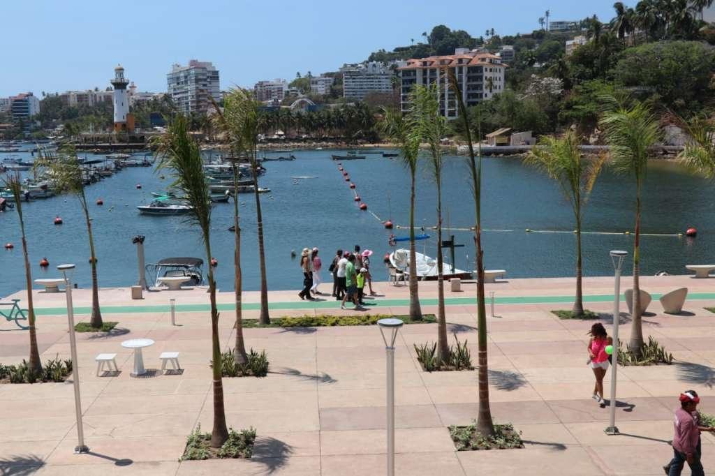 En las obras integrales de las playas Manzanillo y Honda, así como el rescate de la imagen de este barrio y el paseo, se invirtieron 80 millones de pesos