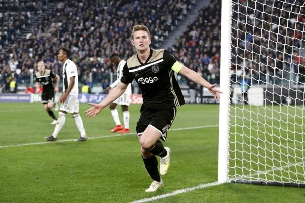 Ajax se medirá en la siguiente faceta al ganador del Manchester City - Tottenham. Foto: UEFA