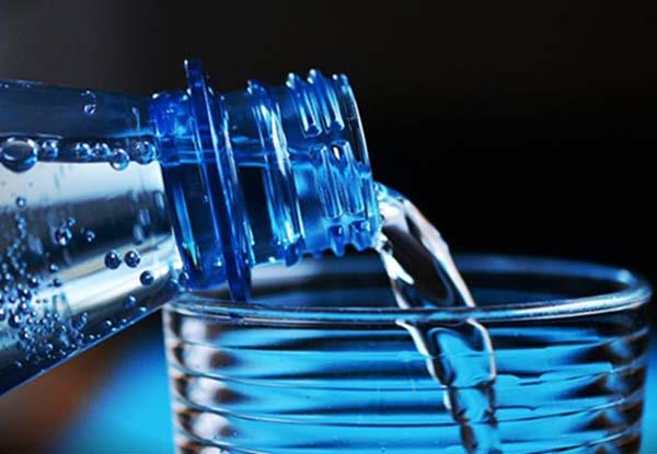 Su mayor amenaza para la salud pública reside en la utilización de agua contaminada para beber