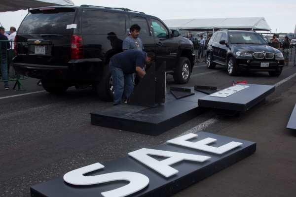 El empresario dijo que lo primero que hará con los vehículos será darles mantenimiento. Foto: Archivo | Cuartoscuro