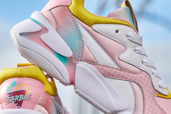 El calzado está disponible tanto para niñas como para mujeres. De acuerdo con medios especializados en moda, el precio de estos tenis está en 2 mil pesos.