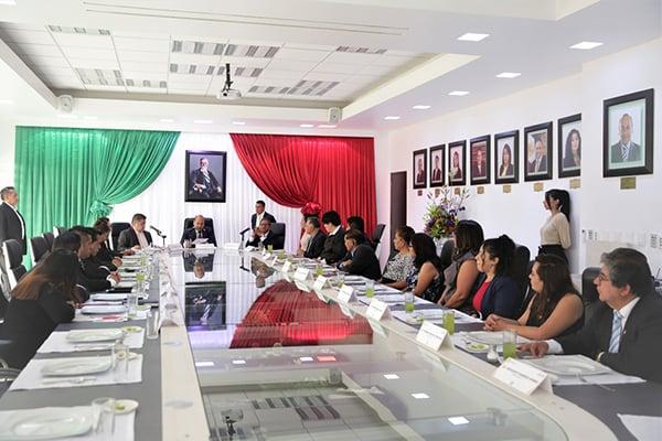 La Alcaldía de Venustiano Carranza y la Dirección Ejecutiva de Justicia Cívica acordaron en un corto plazo evaluar y coordinar nuevas acciones para beneficiar a los habitantes de la demarcación.