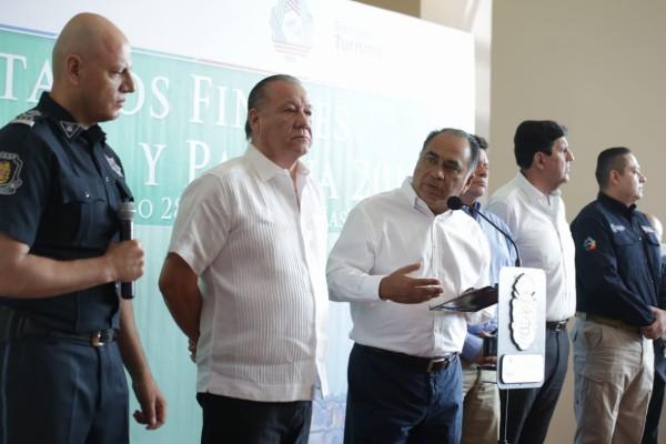 En conferencia de prensa, Héctor Astudillo dio a conocer que el puerto de Acapulco tuvo una afluencia turística de 493 mil 495 turistas. Foto: Especial