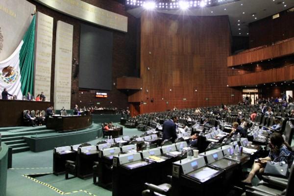 La sesión de la Cámara de Diputados duró poco más de seis horas. Foto: Notimex