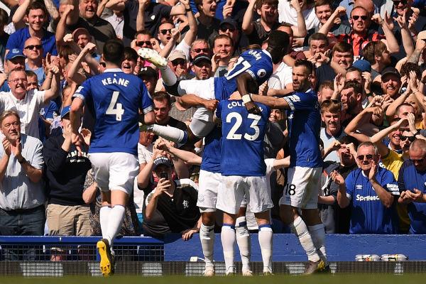 El Everton sonrojó al Manchester United ganando 4 goles a 0. Foto: AFP