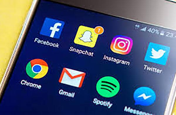 El pasado 14 de marzo, se produjo una caída parcial de Facebook que también afectó a Instagram y WhatsApp y que duró 22 horas.