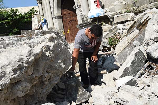 Más de 400 réplicas fueron registradas desde el temblor principal ocurrido el lunes en la isla de Luzón, que dejó 11 muertos. FOTO: AFP