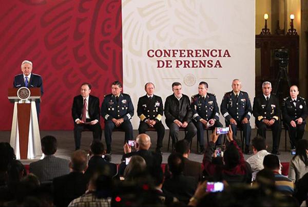 El presidente Andrés Manuel López Obrador dijo que el objetivo es la seguridad nacional, interior y la seguridad pública por eso se da este giro con el acompañamiento de la defensa de los derechos humanos y el uso de la fuerza