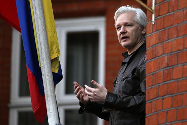 WikiLeaks tuiteó que Ecuador había actuado ilegalmente al terminar el asilo político de Assange