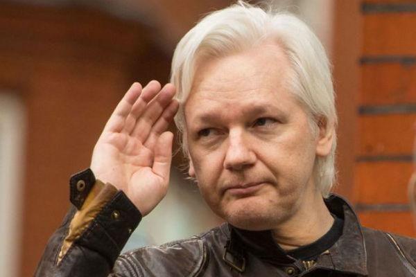 En 2010, WikiLeaks divulgó más de 90.000 documentos clasificados relacionados con acciones militares estadounidenses en Afganistán