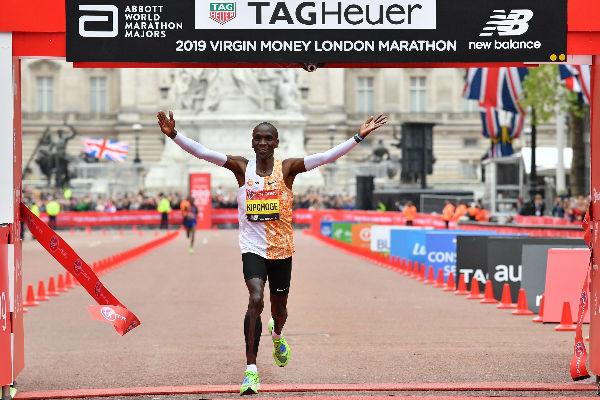 El keniano ha ganado el Maratón de Londres en los años 2015, 2016 y 2018. Foto: AFP