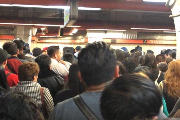 El Metro presentó el estado general de su servicio para que las personas puedan tomar previsiones. Foto:  @callopoco
