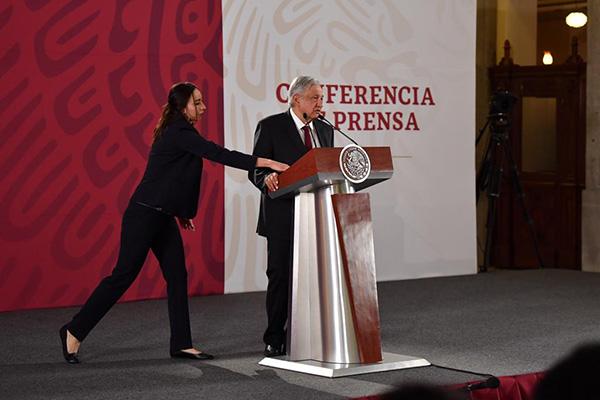 López Obrador dijo que la impunidad se va a terminar por dos vías: la denuncia pública y la vía legal. FOTO: PABLO SALAZAR