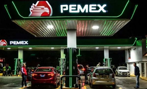 Pemex es el principal proveedor de gasolina e importa 95 por ciento de este combustible. Foto: Especial
