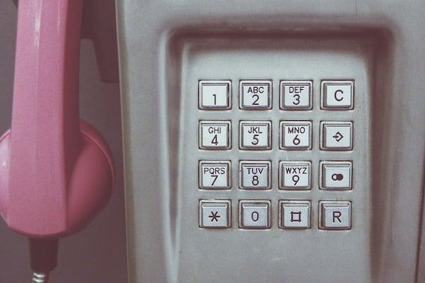 El IFT decidió suprimir los prefijos 01, 044 y 045 para homologar la marcación y que los número queden sólo con 10 dígitos. foto: Pixabay