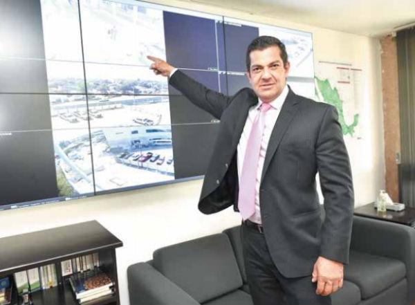 Ricardo Peralta, titular de la AGA, dijo que se ampliaron los horarios de las aduanas fronterizas. FOTO: STAFF EL HERALDO