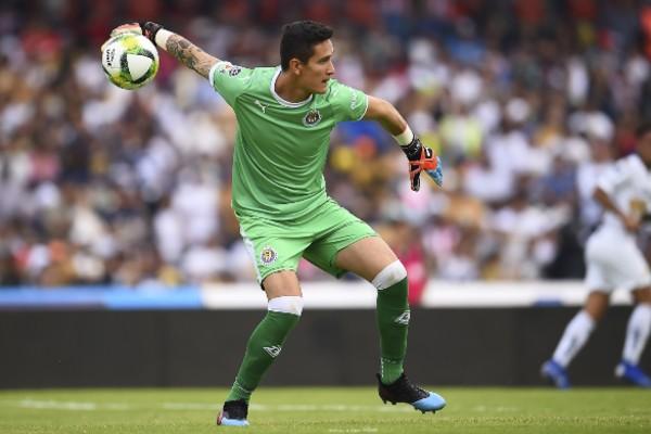 Raúl Gudiño reconoció que los entrenadores mandan y los jugadores deben de seguir sus órdenes. Foto: Mexsport